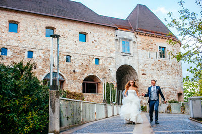 wedding_slovenia_ljubljana_castle_couple