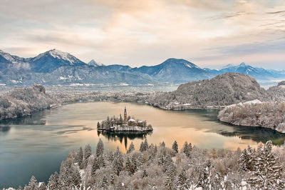 proposal_slovenia_bled_church_winter