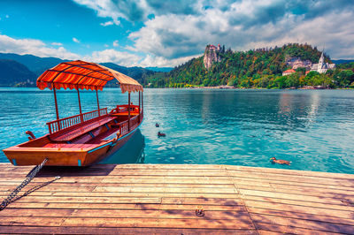 proposal_slovenia_lake_bled_boat