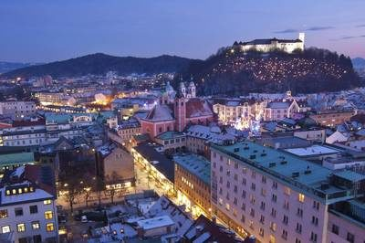 proposal_slovenia_ljubljana_castle_city_view